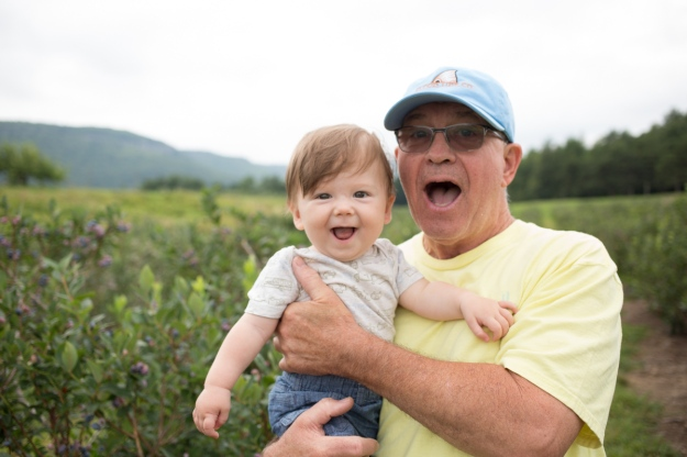 FamilyJuly2019_BerryPicking-20