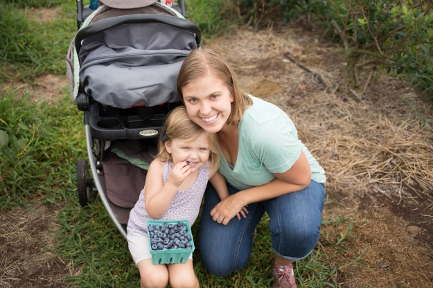FamilyJuly2019_BerryPicking-22