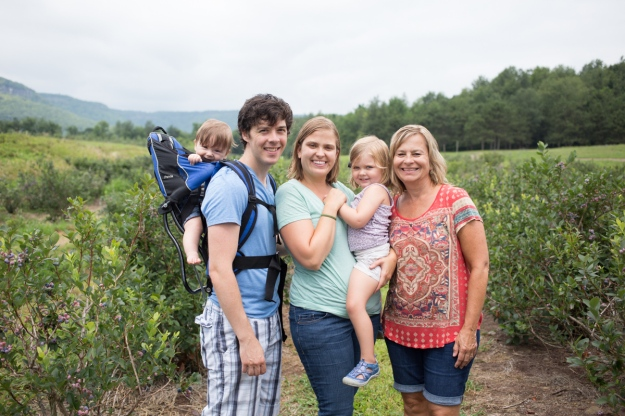 FamilyJuly2019_BerryPicking-39
